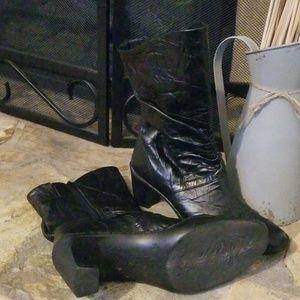 Josef Seibel black boots size 39